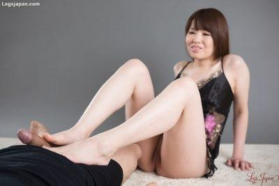 LegsJapan - 2016-10-26 - Masaki Uehara 上原茉咲 - Footjob in Lingerie (Video) Full HD MP4 1920X1080