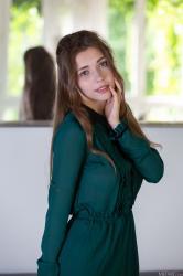 metart_green-dress_mila-azul_high_0003.jpg