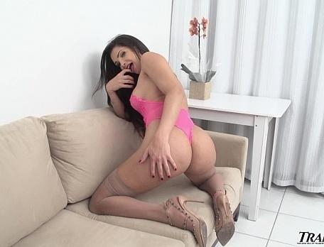 Trans500.com- Beautifully Bella
