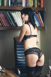cover-voodoo-nerd-in-sexy-lingerie-on-the-history-book.jpg