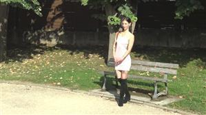 jacquieetmicheltv-20-09-21-analeya-19-years-old-waitress-in-perigueux.jpg