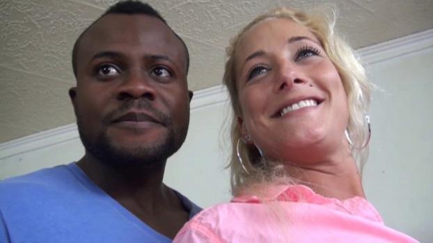 Lafranceapoil.com- Nicky sublime blonde de 25 ans arrive de Montpellier pour une bonne baise