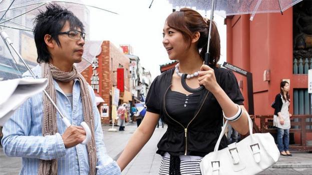 Japanhdv.com- Hot model Ryo Akanishi sucks a dick in the car