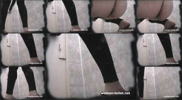 Woman-toilet - 373