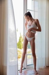 mira_availiblelight_erotic-art-photography_0009_high.jpg