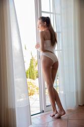 mira_availiblelight_erotic-art-photography_0011_high.jpg