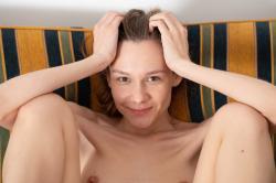 mira_availiblelight_erotic-art-photography_0049_high.jpg