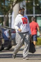 miley-cyrus-grocery-shopping-candids-50.jpg