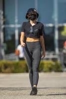 miley-cyrus-grocery-shopping-candids-60.jpg