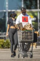 miley-cyrus-grocery-shopping-candids-73.jpg
