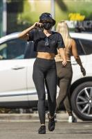 miley-cyrus-grocery-shopping-candids-82.jpg
