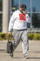 miley-cyrus-grocery-shopping-candids-100.jpg