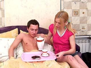 Teensanalyzed.com- Autumn romance and first anal
